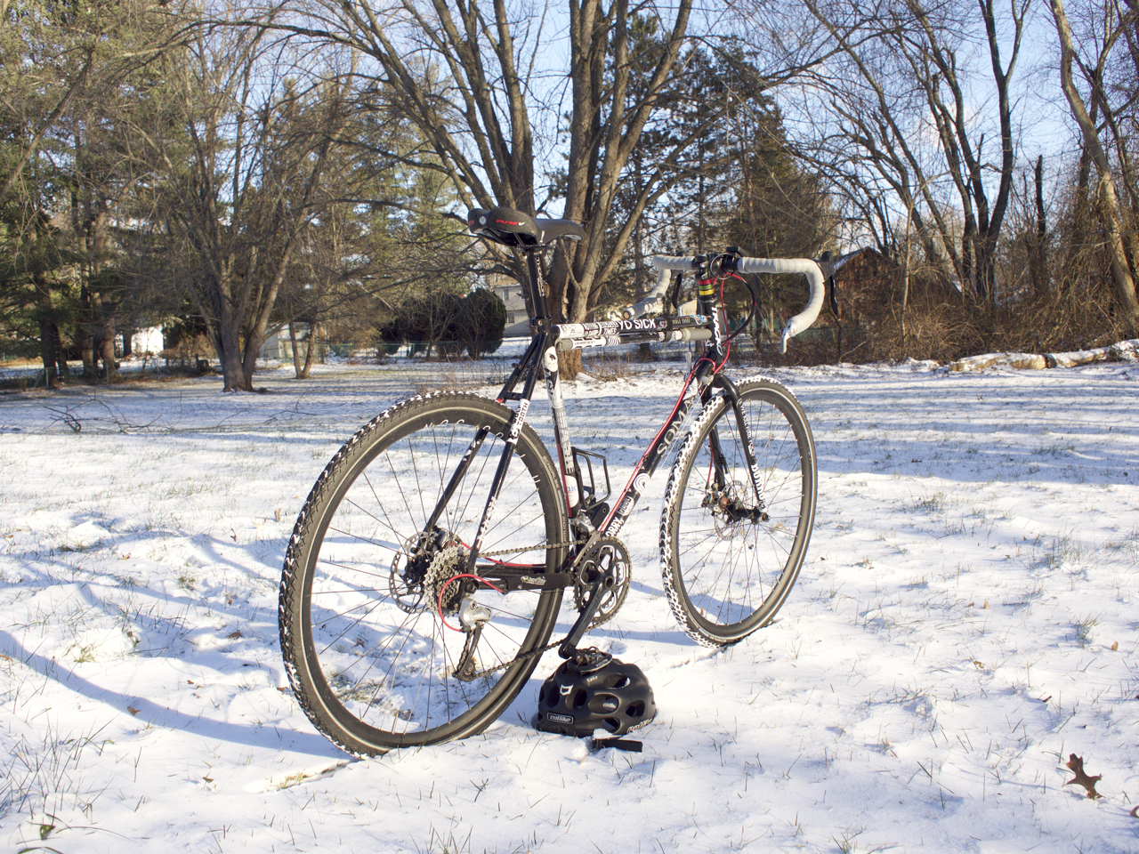 the soma double cross disc served as several different bikes for me with a simple tire swap or a rack and panniers the bike transforms itself
